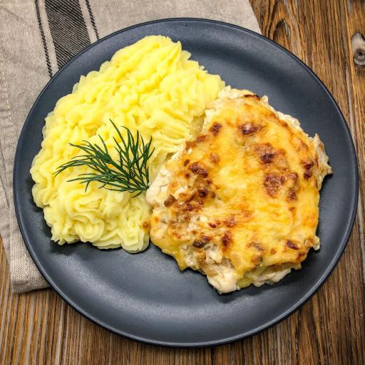 Филе куриное по-французски и картофельное пюре
