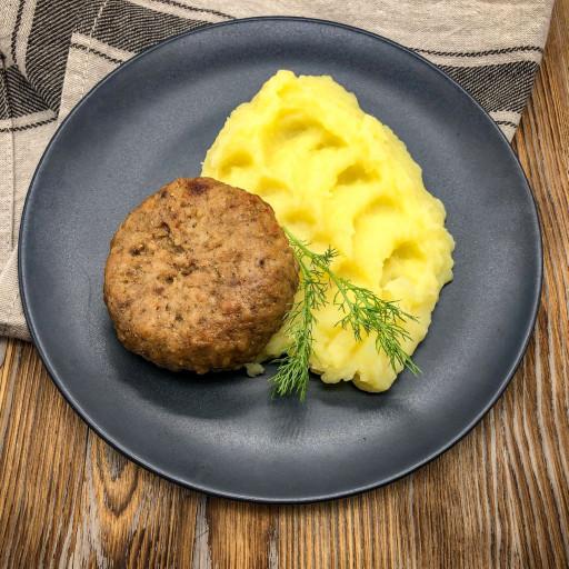 Котлета по-Киевски и картофельное пюре