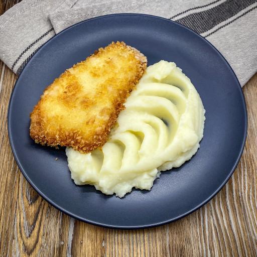 Рыба в сухарях и картофельное пюре